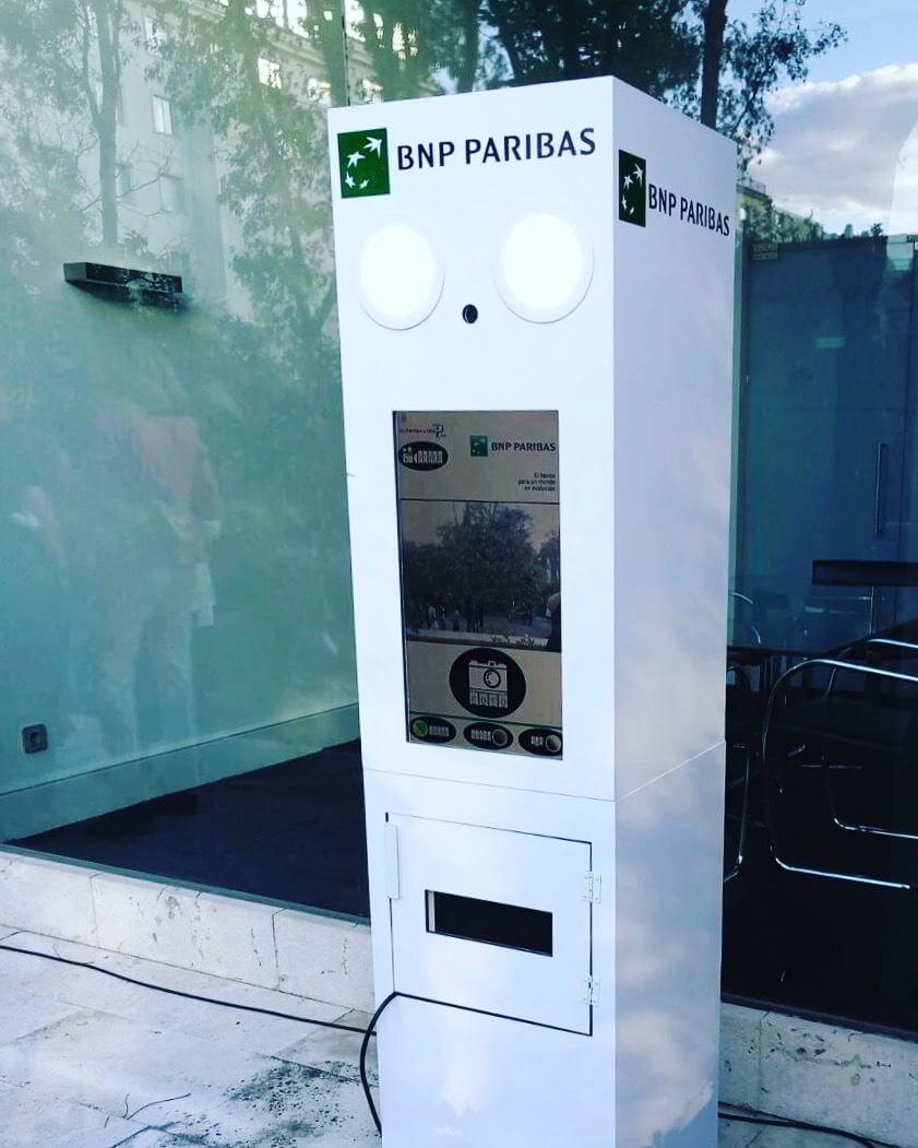 BNP-Paribas-fotomatón