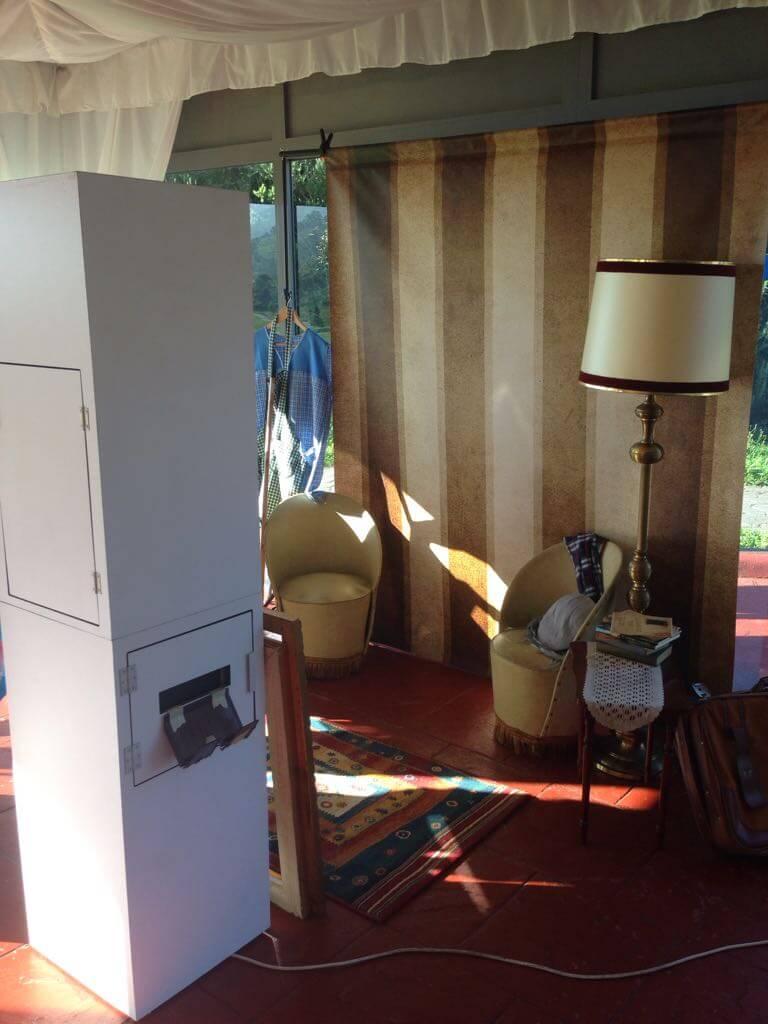 Cabina-abierta-photocall-vintage-columnas