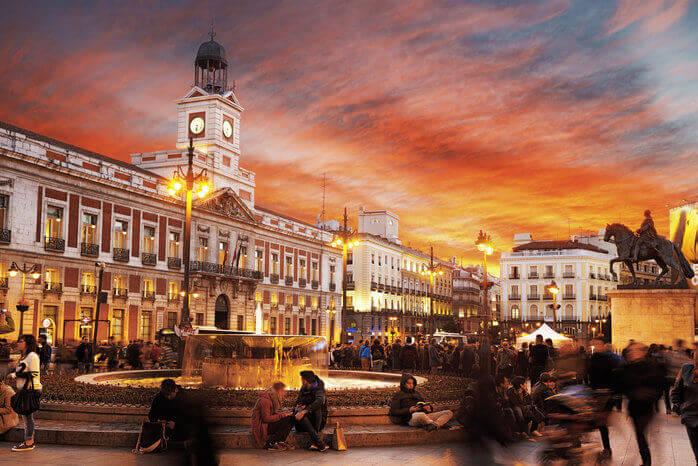 Alquiler de cabinas de Fotomatón para Bodas y Eventos en Madrid
