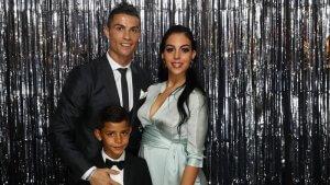 Cristiano Ronaldo , novia e hijo en fotomatón premios FIFA The Best